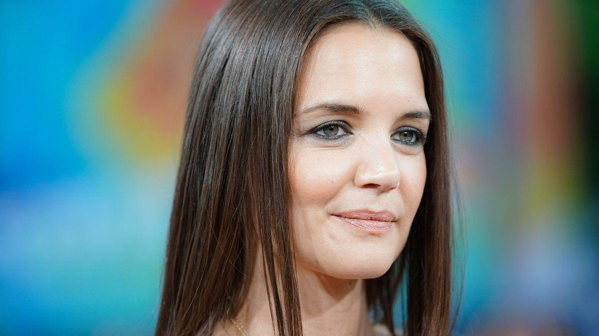 Inspirace pro ženy po čtyřicítce - herečka Katie Holmesová