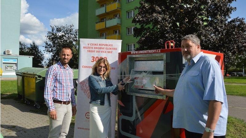 VOstravě-Hrabůvce představili kontejner na elektroodpad vnovém designu