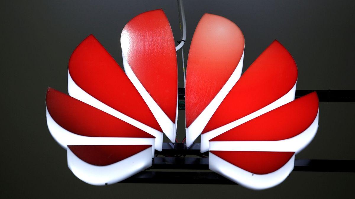 Čínská společnost Huawei loni zvýšila zisk. Sankcím a pandemii navzdory