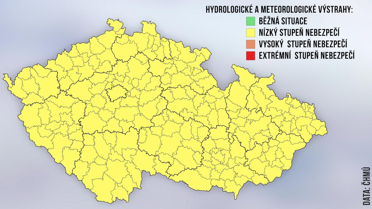 Nebezpeci Prudkych Bourek Trva Varovali Meteorologove Novinky Cz