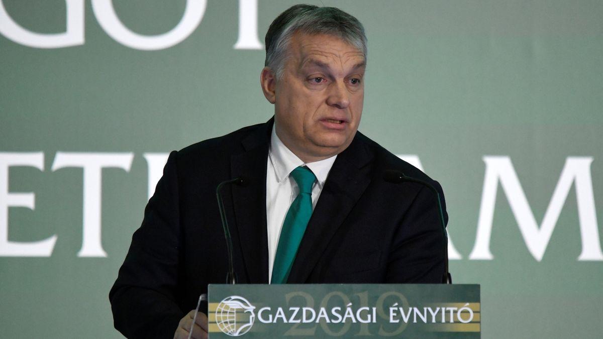 Orbán nabíjí proti Bruselu. Kritizovaný zákon namířený proti LGBT si chce posvětit referendem