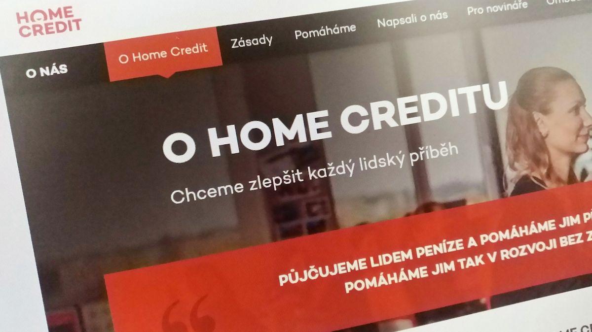 Home Credit dostal v Hongkongu zelenou, smí na burzu