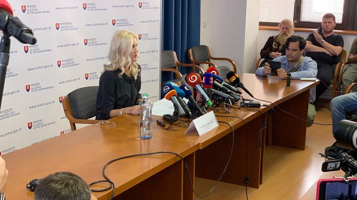 Slovenská exnáměstkyně ministra se ve vazbě předávkovala léky