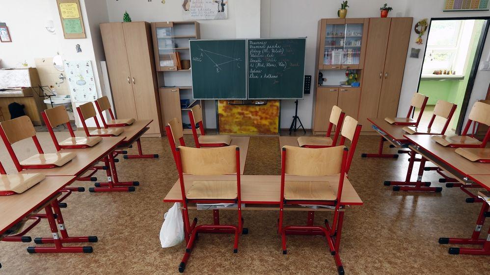 Fungování škol od září: samotky pro nakažené, žádné hromadné akce