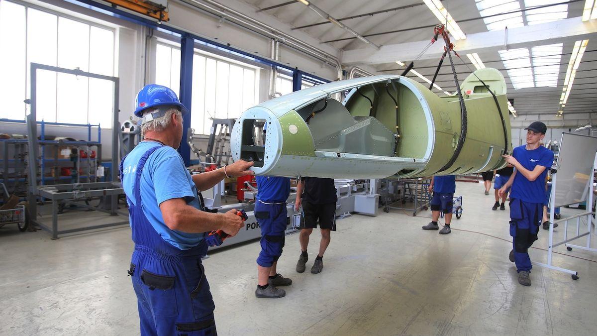Výroba letounu L-39NG v Aeru Vodochody