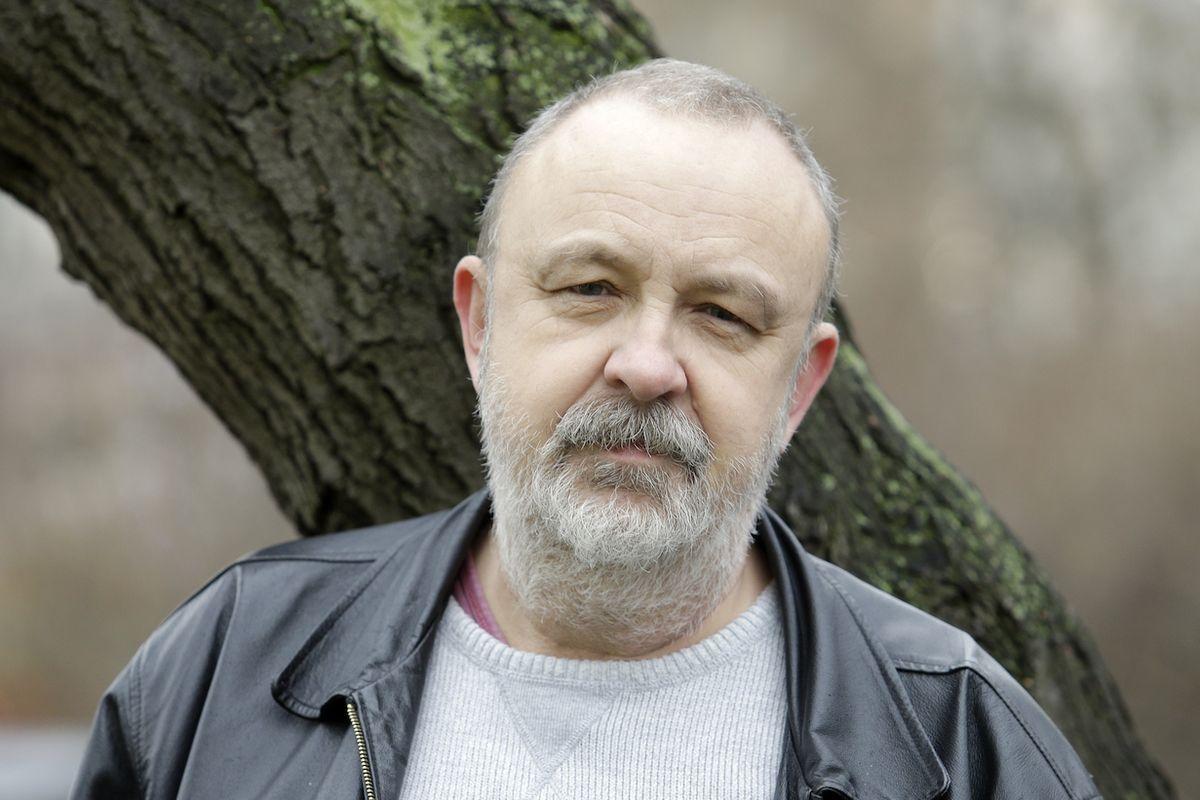 Jakub Šofar (1958) je spisovatel a literární publicista.