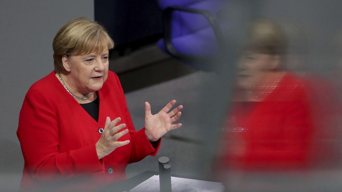 Merkelová: Evropa se sama neubrání