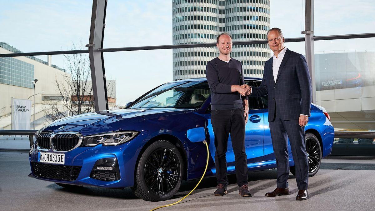 BMW to rozjelo na Twitteru. S příspěvky jakoby naráželi na Elona Muska