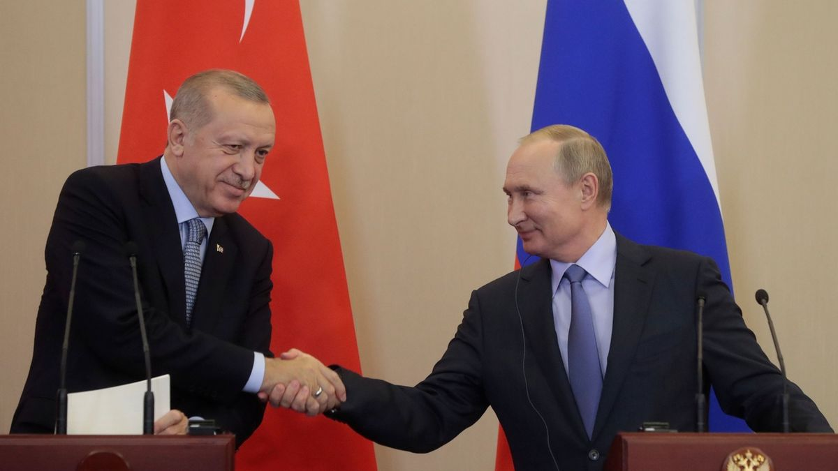 Ruští vojáci dohlédnou na odsun Kurdů, dohodl Putin s Erdoganem