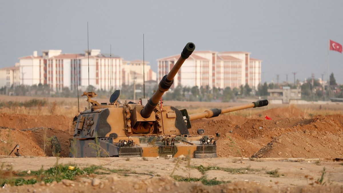 Zeman: Turecko se v Sýrii dopustilo válečných zločinů