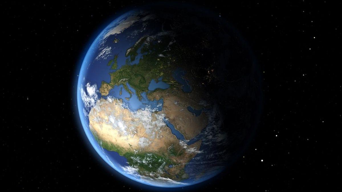 Čeští zpravodajci hodlají vyslat do vesmíru vlastní družice