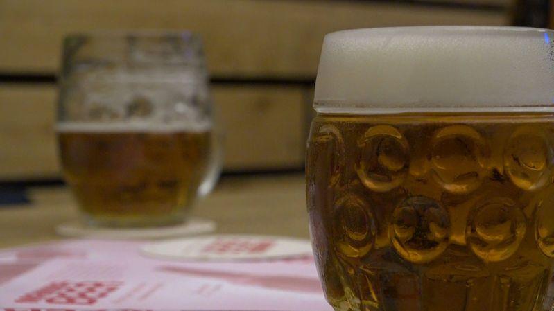 Alkohol v Česku: lockdown národem pivařů neotřásl