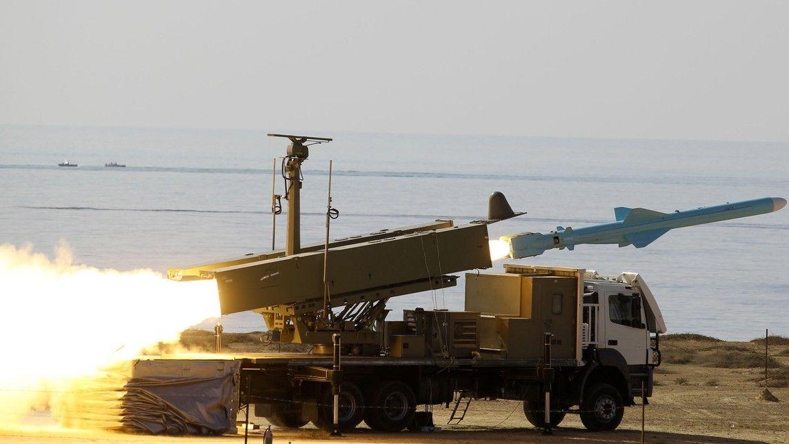 Írán, Čína a Rusko zahájily vojenské cvičení. Je to vzkaz o míru, tvrdí Teherán