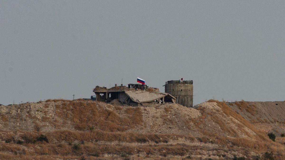 Rusko se s Američany přetahuje o ropná pole na východě Sýrie