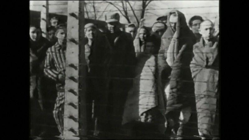 Před 75 lety byl osvobozen koncentrační tábor Osvětim, symbol lidského pekla