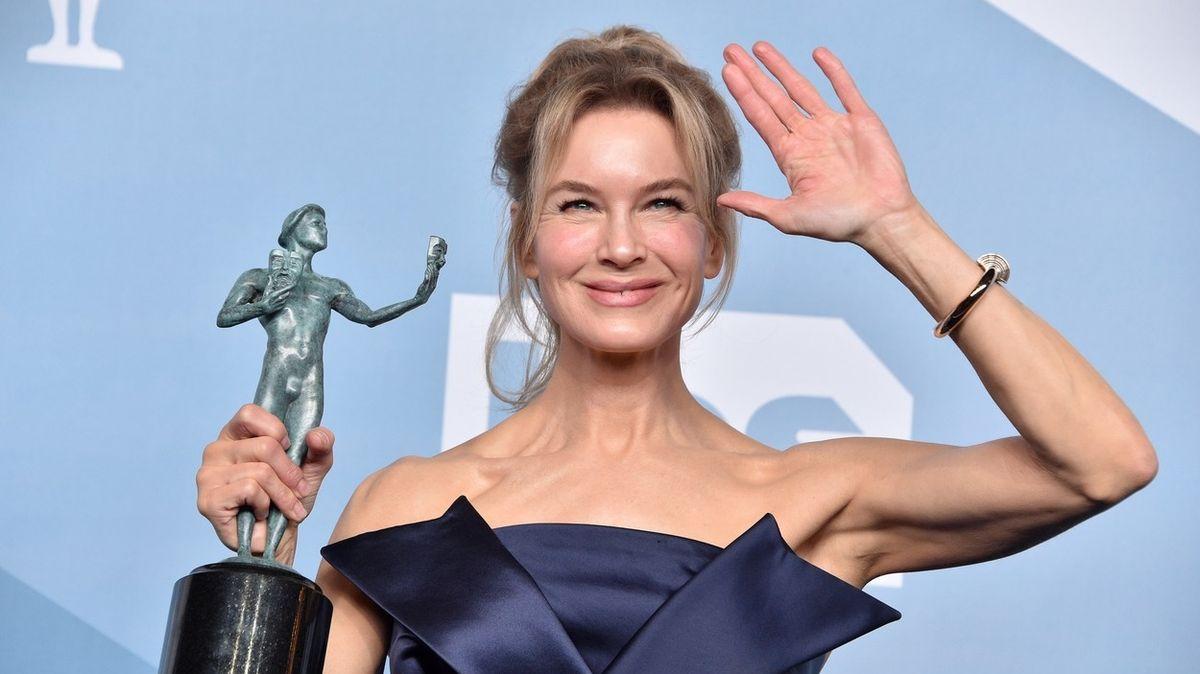 Jaké šaty vynesly celebrity na udílení cen SAG Awards 2020
