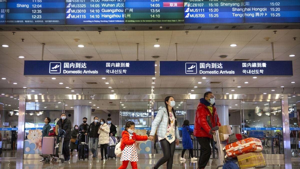 Koronavirus děsí trhy, čínské akcie padají
