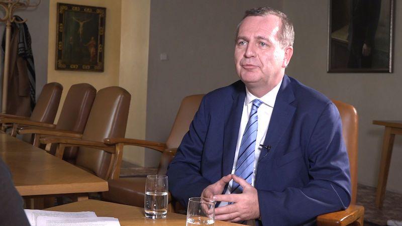 Rektor Univerzity Karlovy: Smlouvu s Home Credit jsem chtěl vypovědět sám
