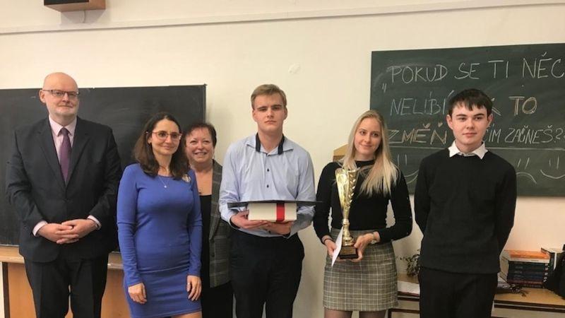 Příbramská obchodní akademie hostila finále soutěže Ekonomický tým