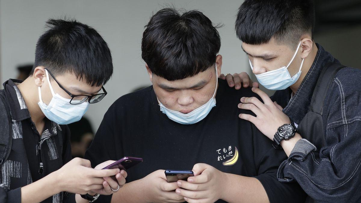 Některé vysoké školy ruší pobyty Číňanů