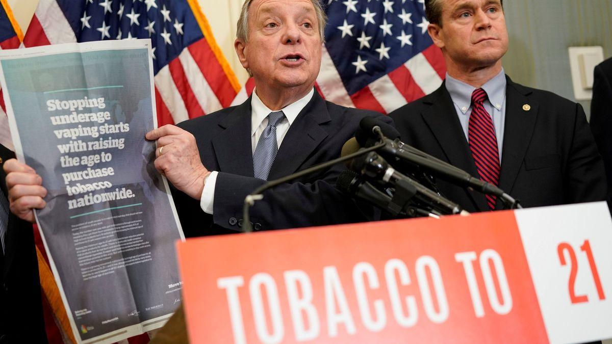 V USA lze nově tabák a e-cigarety koupit až od 21 let