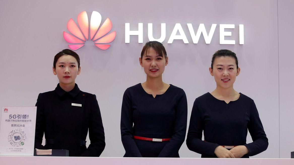 Software a internetové služby jako budoucnost. Huawei kvůli sankcím mění strategii