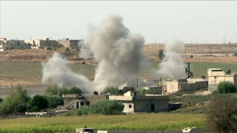 Turci dobyli syrský Sulúk. Jejich spojenci popravili kurdskou političku, zajatce i civilisty