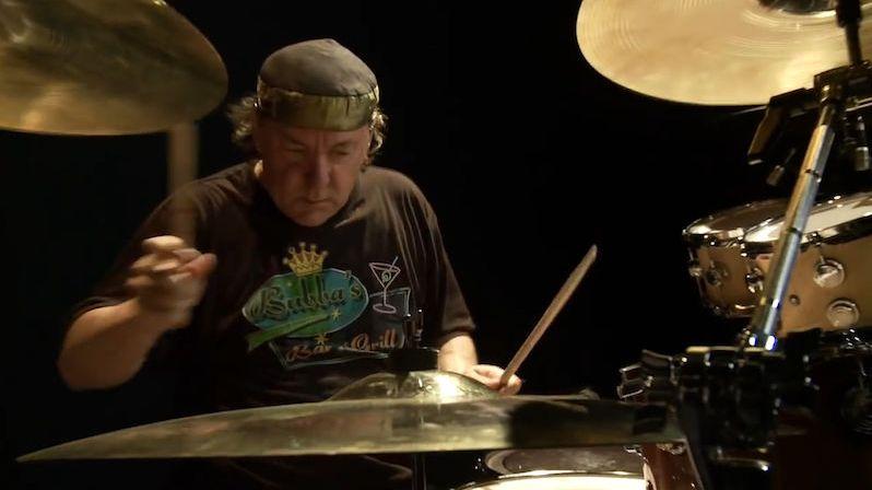 Zemřel Neil Peart, bubeník skupiny Rush