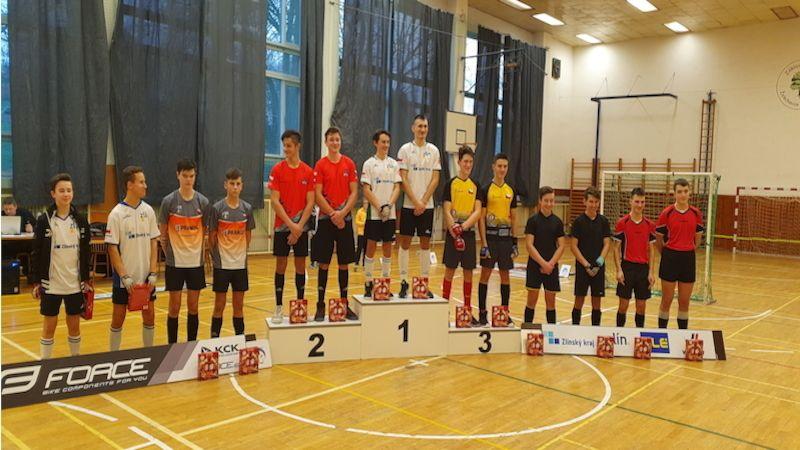 Uvodní turnaj 1. ligy juniorů vkolové ovládlo družstvo TJ Sokol Zlín 1