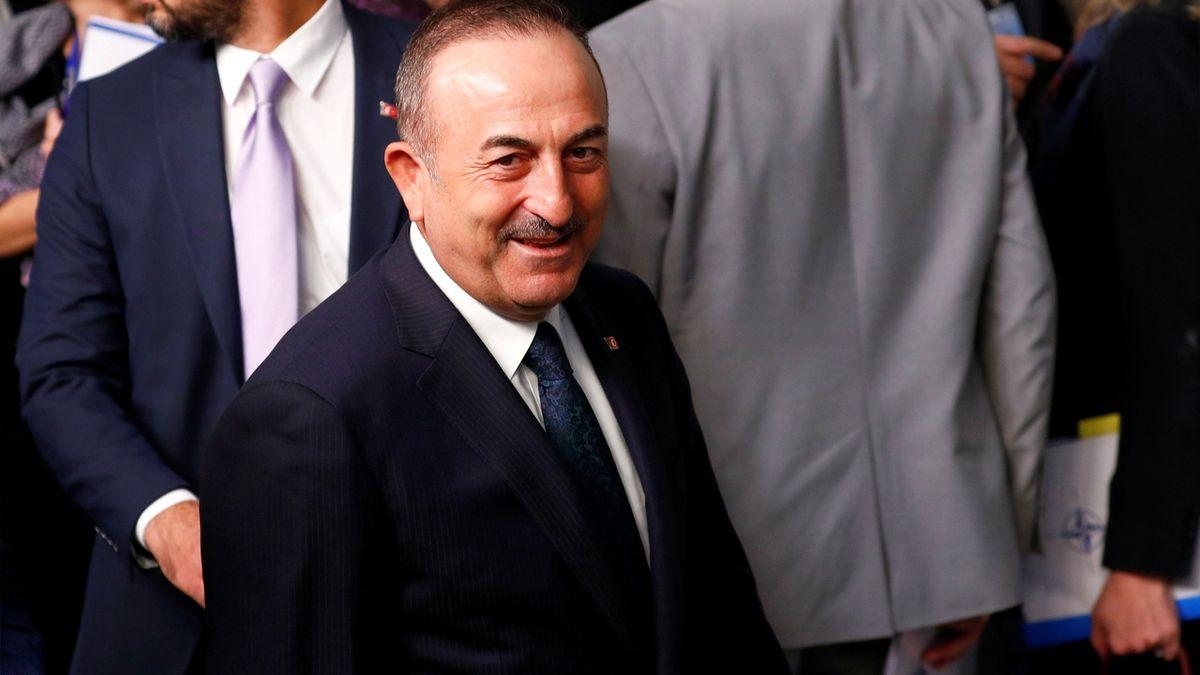 Zkuste si zavést sankce a vyženeme vás z našich základen, hrozí Turecko Američanům