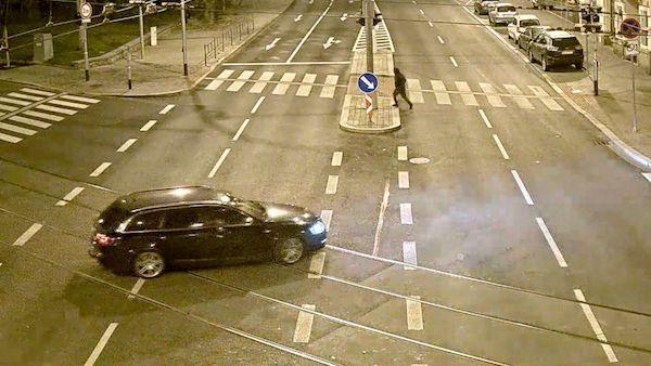 Loupež v Brně: Dvě minuty a hodinky za 20 milionů byly v kapsách zlodějů, ujeli v Audi A6