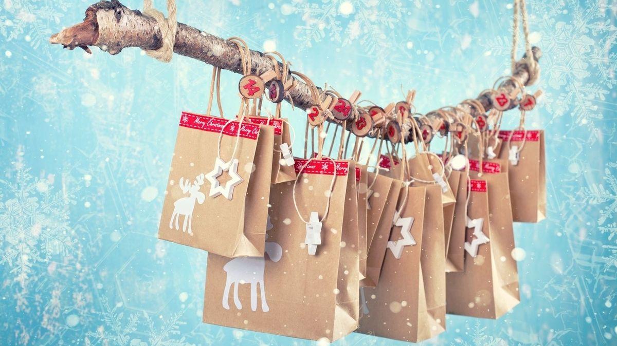 Adventní kalendáře mají dlouholetou tradici, dnes těší děti i dospěláky