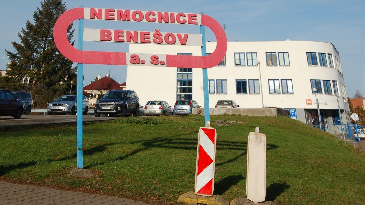Benešovskou nemocnici ochromil počítačový virus, pacienty z JIP převezli jinam