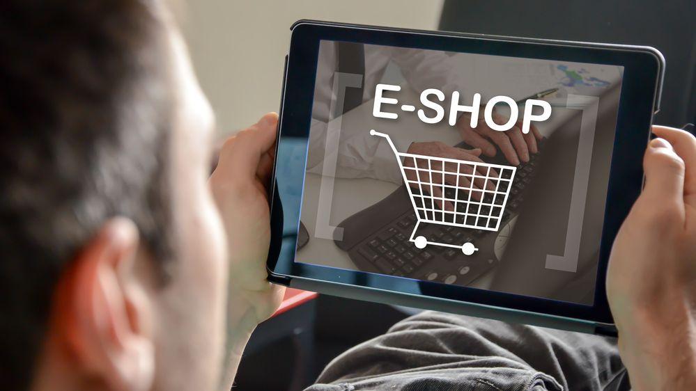 Každý druhý Čech už nakoupil v zahraničním e-shopu