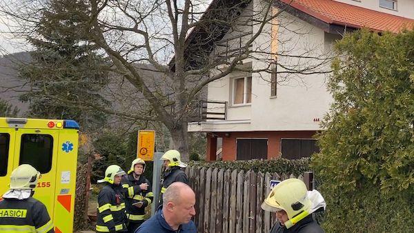 Při výbuchu kamen v domě u Prahy utrpěl muž vážné popáleniny