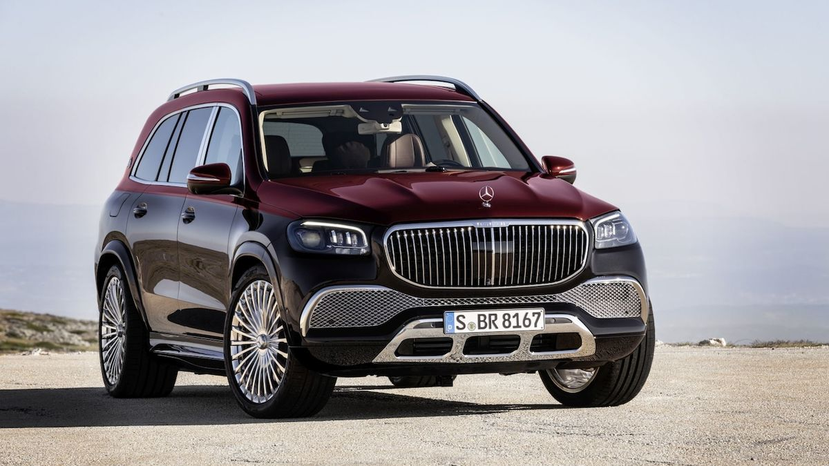 Vrchol luxusu na vysokém podvozku. Mercedes představil SUV Maybach