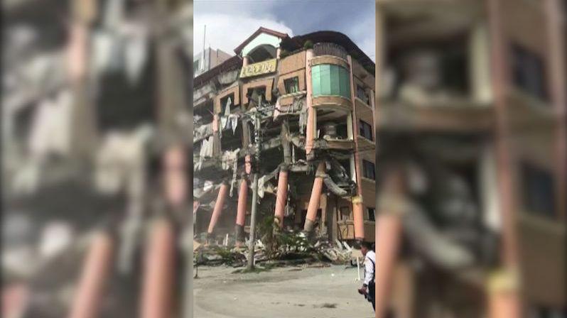 Filipínský ostrov Mindanao postihlo už třetí zemětřesení, zřítil se hotel