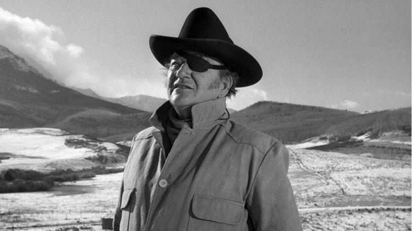 Filmová legenda John Wayne má problém, měl mluvit o nadřazenosti bílých
