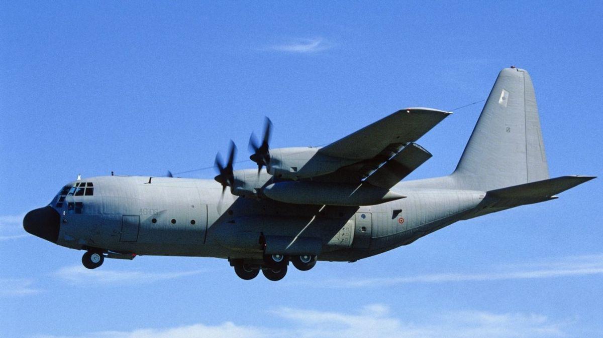 V Chile se ztratil z radarů armádní letoun s 38 lidmi na palubě