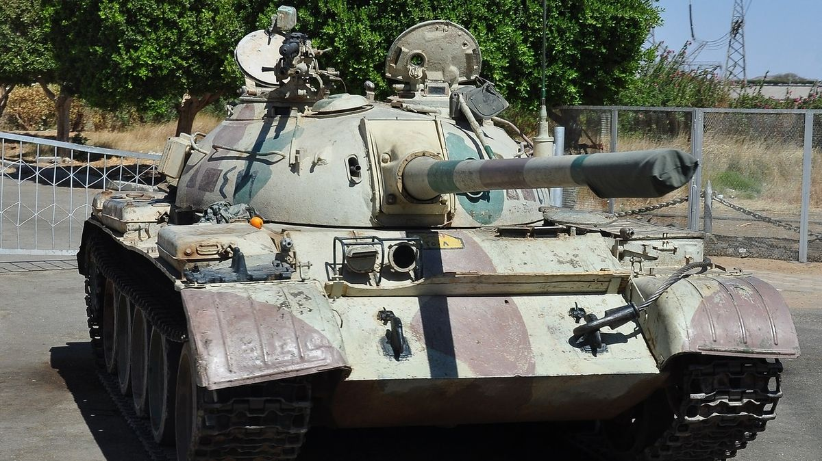 KLDR chtěla z Česka pašovat drony a díly na staré tanky