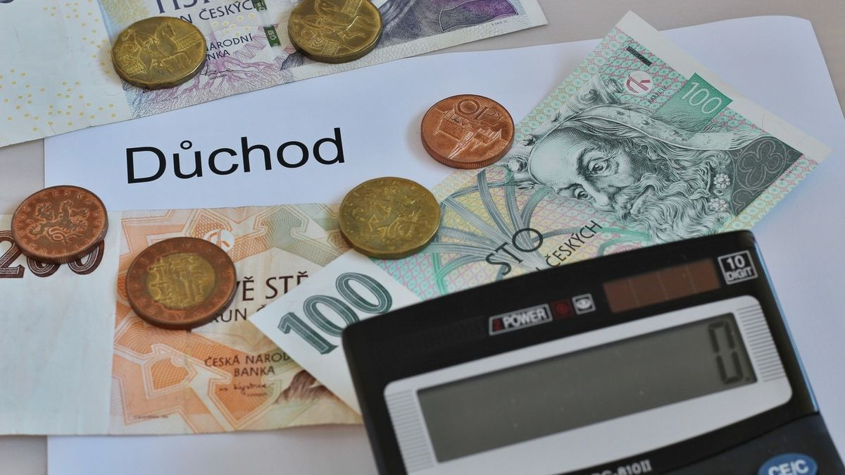 Důchodový systém loni skončil v deficitu 40,5 miliardy