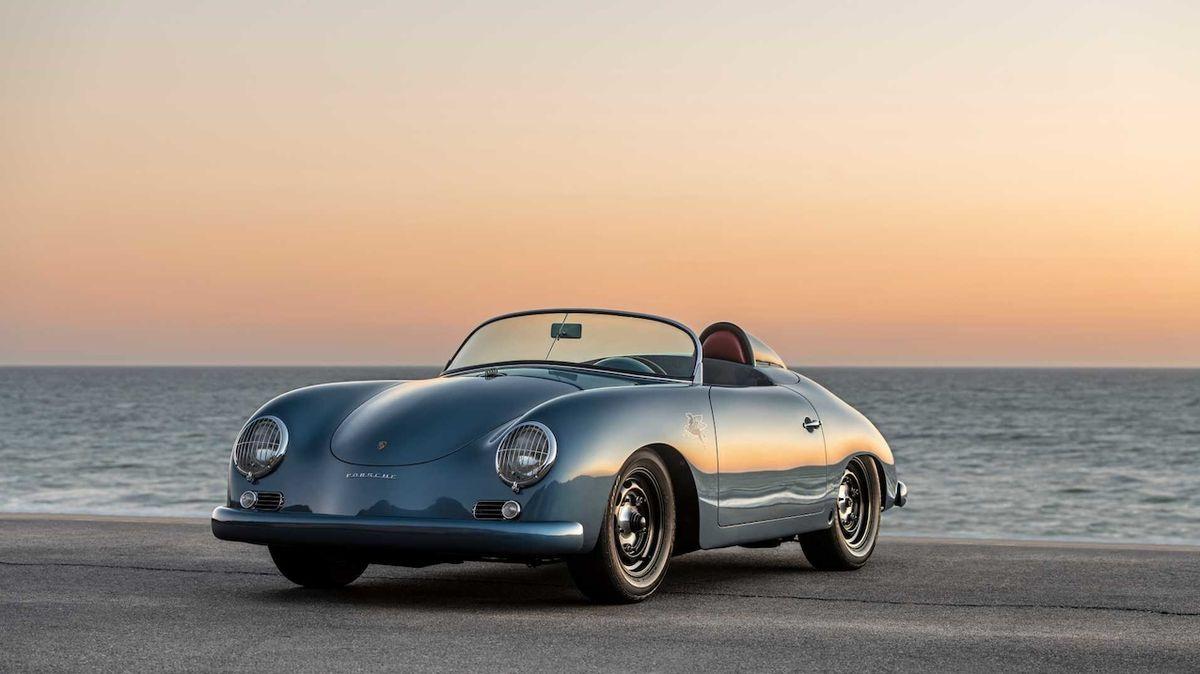 Ze starého Porsche je nová kráska, úpravce si dal vkusnou práci i s technikou