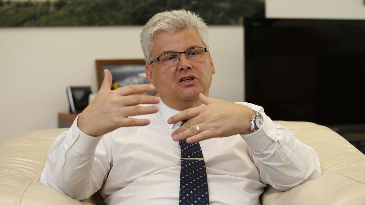 Ředitel Motola: Nemocnice jsou ideální cíle