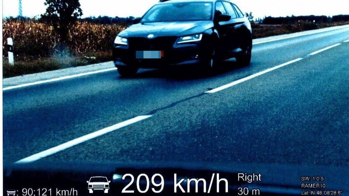 Slovák v opilosti překročil rychlost o 119 km/h, dostal doživotní zákaz řízení