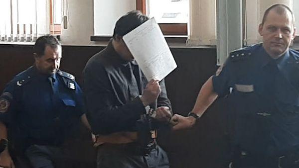 Rodinné spory řešil sedmnácti ranami nožem, dostal 12 let
