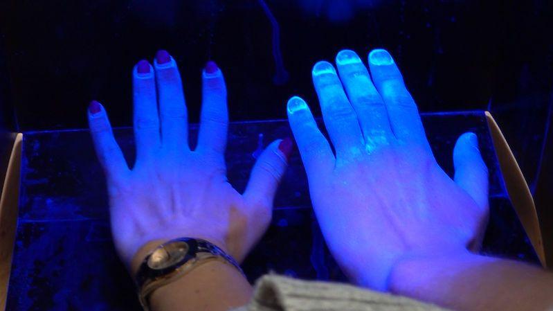 Nepodávejte si ruce, radí experti