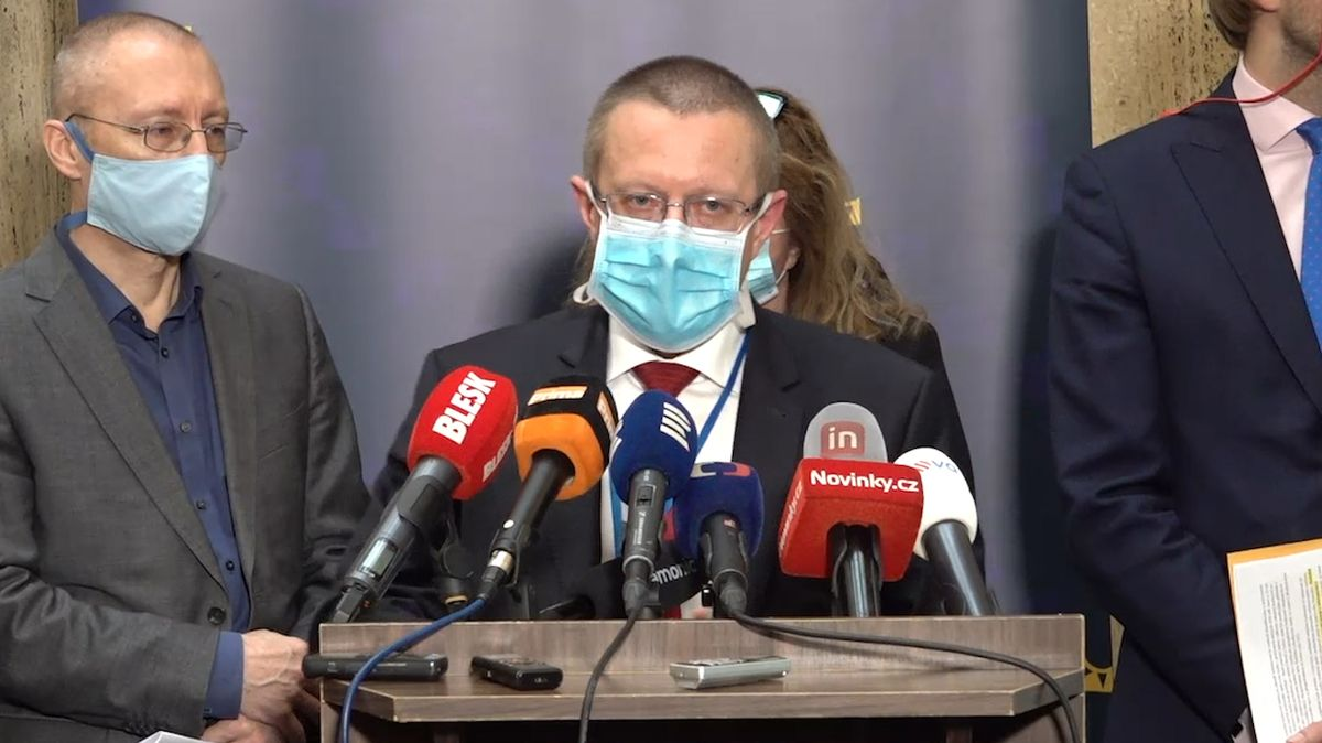 Dušek: Situace v Česku je dobrá. Za červenec přibylo 4597 nových případů