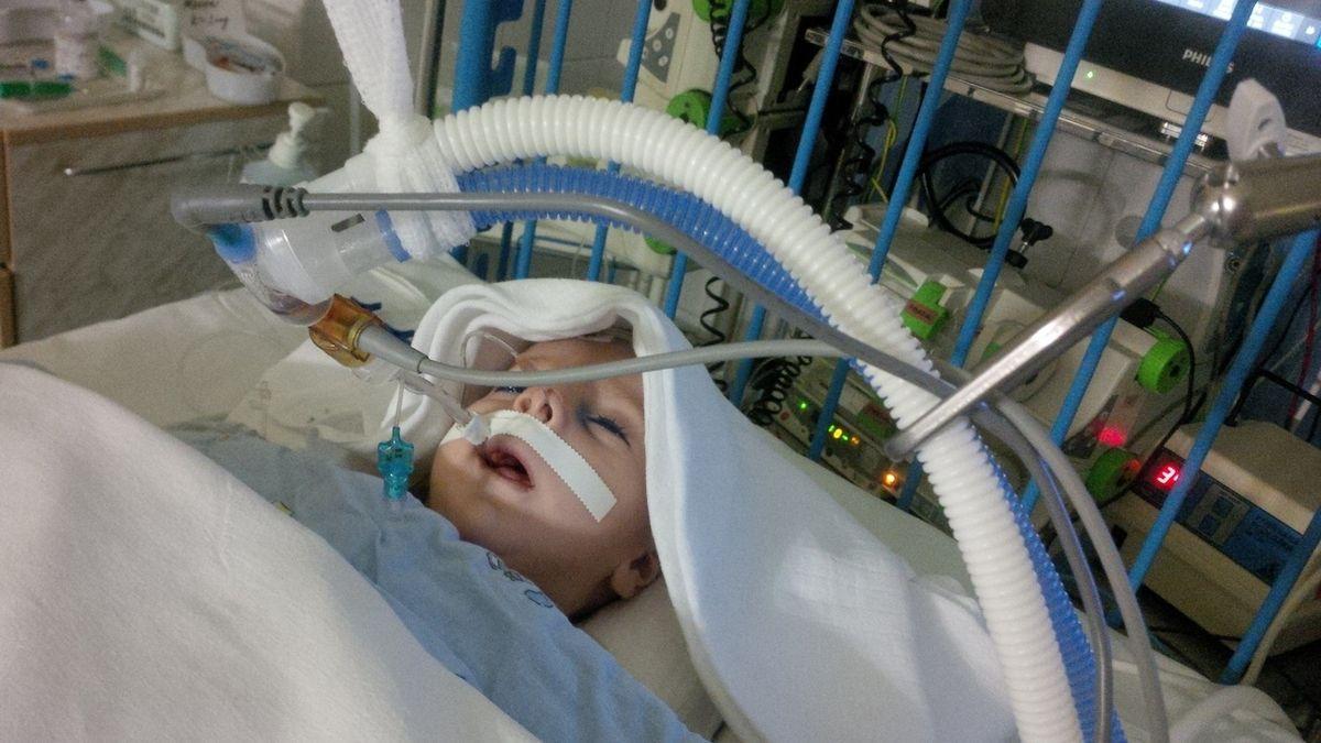 Rodiče Olivera dál bojují: jednají o léčbě v Kalifornii