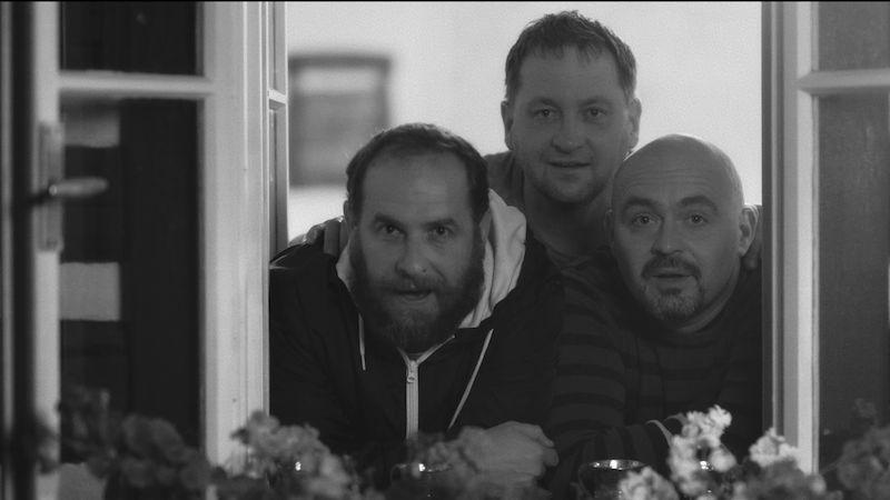 Mňága a Žďorp vydala dva klipy najednou a hraje ze zkušebny