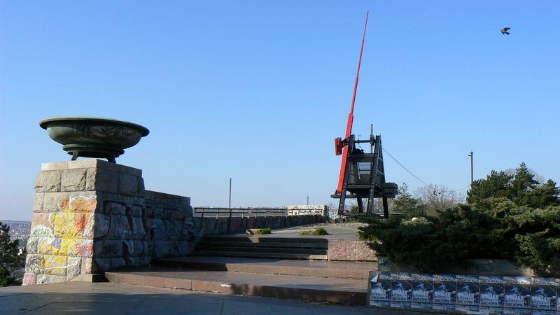 Praha schválila založení Muzea paměti. Na Letné ale zřejmě nebude